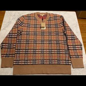 NWT Burberry cashmere vintage check jacquard.